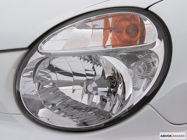 2002 Subaru Impreza Drivers Side Headlight