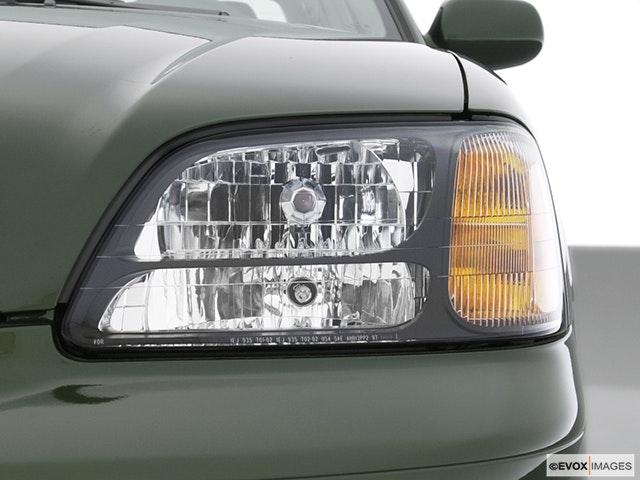 2002 Subaru Legacy Drivers Side Headlight