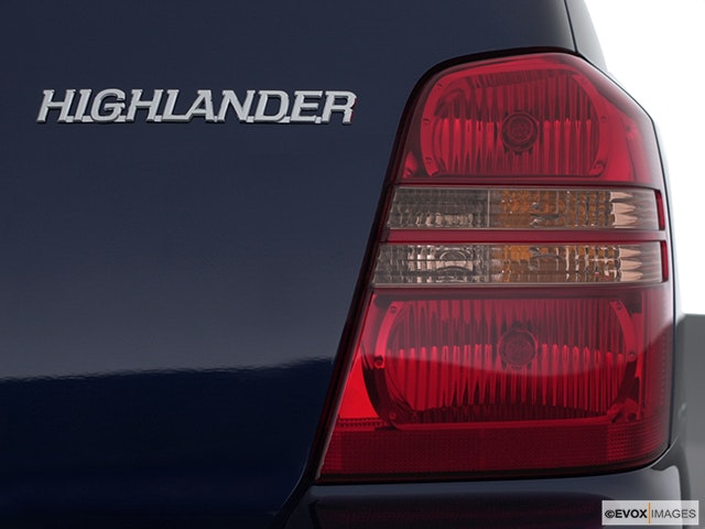 2002 Toyota Highlander Passenger Side Taillight