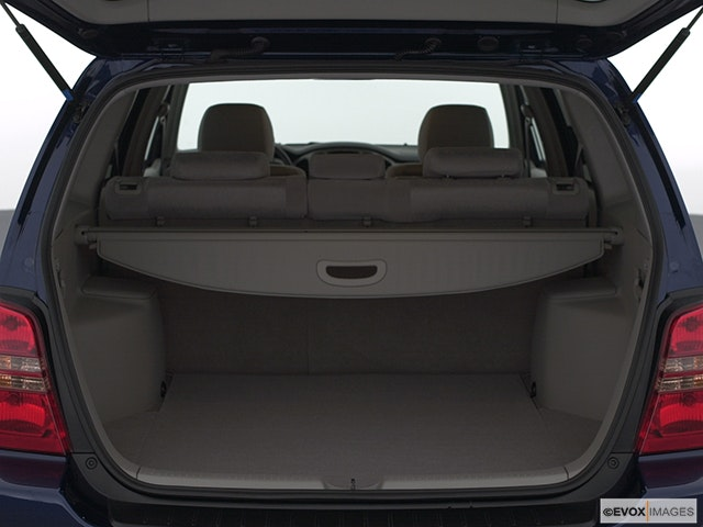 2002 Toyota Highlander Trunk open