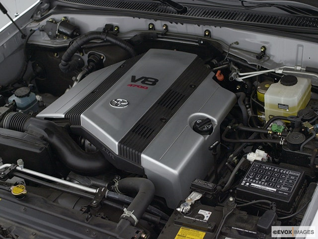 2002 Toyota Land Cruiser Engine