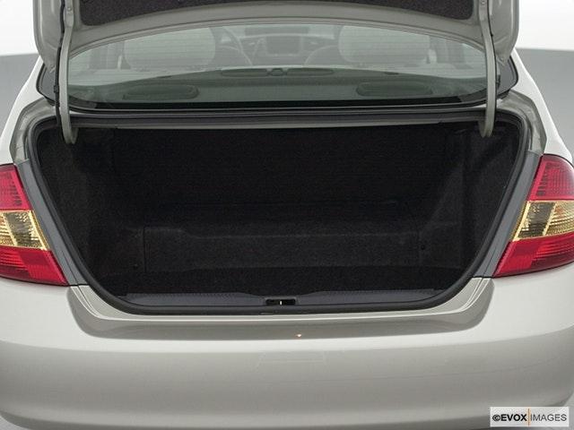 2002 Toyota Prius Trunk open