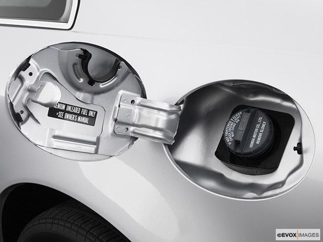 2003 Acura CL Gas cap open