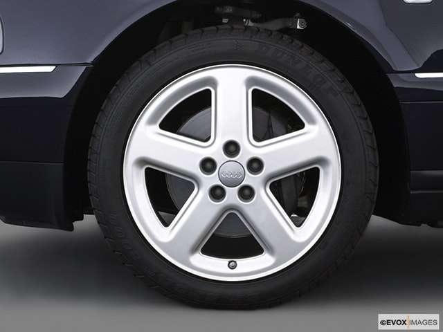 2003 Audi A8 Front Drivers side wheel at profile