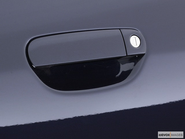 2003 Audi A8 Drivers Side Door handle