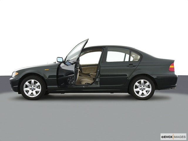 2003 BMW 3 Series Driver's side profile with drivers side door open