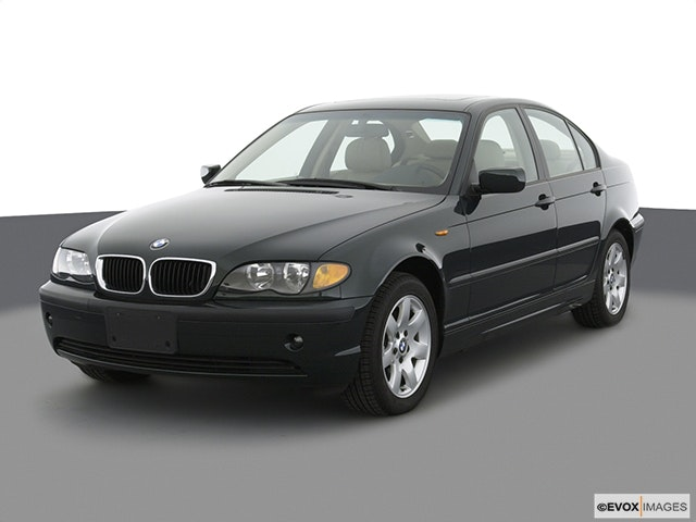 2003 BMW 3 Series Front angle view