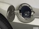 2003 Cadillac Escalade Gas cap open