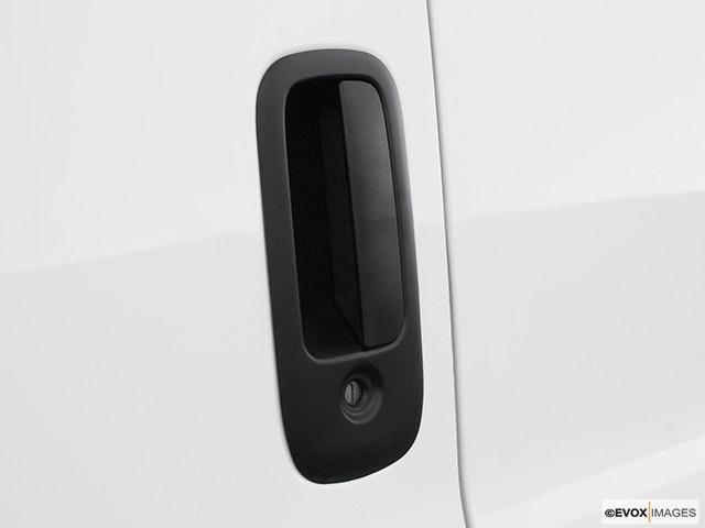 2003 Chevrolet Express Cargo Drivers Side Door handle