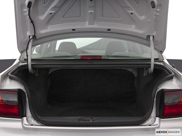 2003 Chevrolet Malibu Trunk open