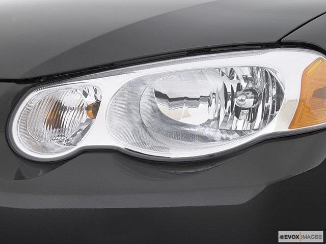 2003 Chrysler Sebring Drivers Side Headlight