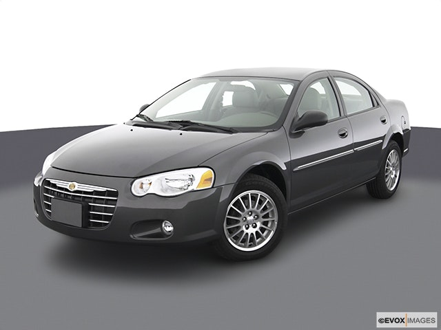 2003 Chrysler Sebring Front angle view