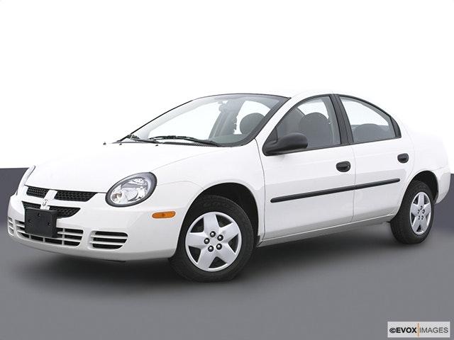 2003 Dodge Neon Front angle medium view