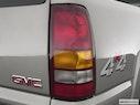 2003 GMC Sierra 2500HD Passenger Side Taillight