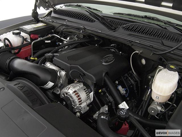 2003 GMC Sierra 2500HD Engine