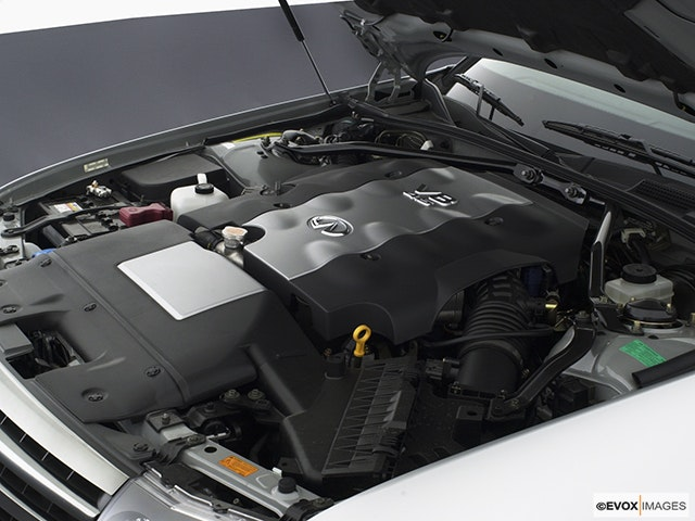 2003 INFINITI M45 Engine