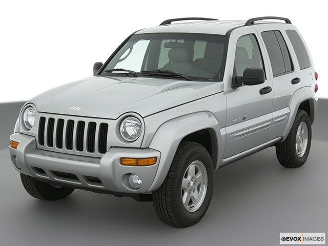 2003 Jeep Liberty Front angle view