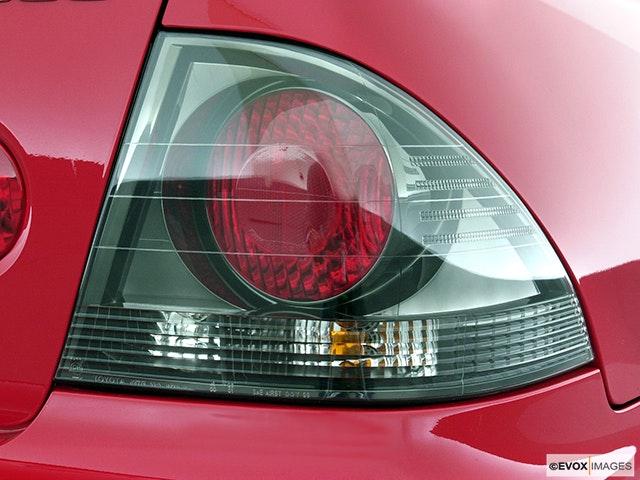 2003 Lexus IS 300 Passenger Side Taillight