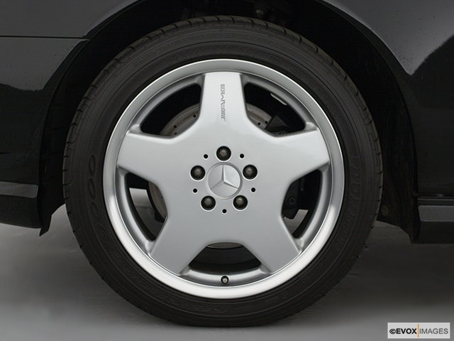 2003 Mercedes-Benz S-Class Front Drivers side wheel at profile