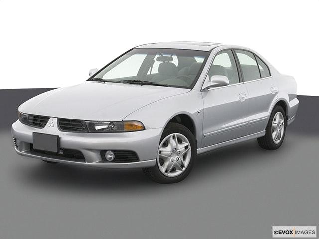 2003 Mitsubishi Galant Front angle view