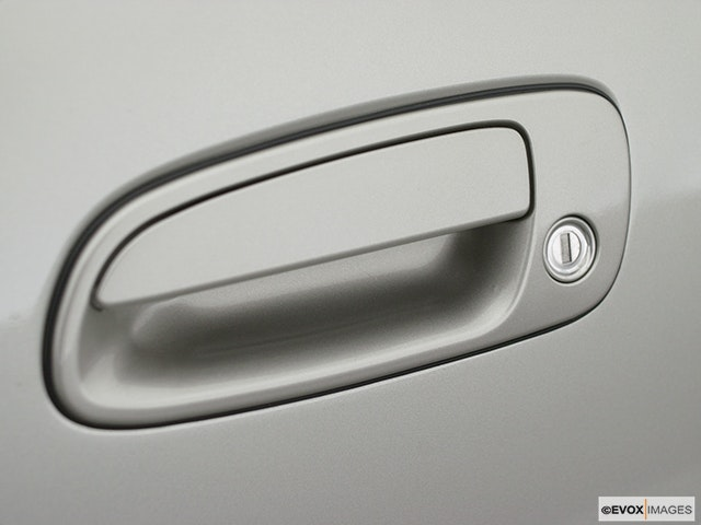 2003 Toyota Prius Drivers Side Door handle