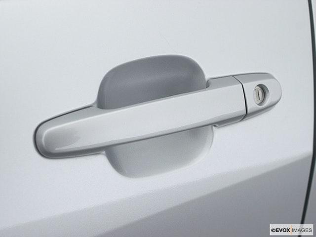 2003 Toyota RAV4 Drivers Side Door handle