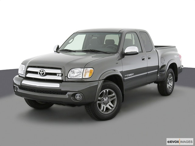 2003 Toyota Tundra Front angle view