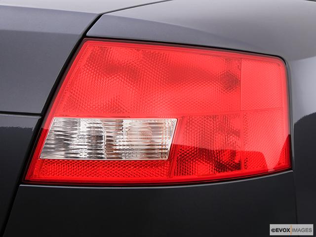 2004 Audi S4 Passenger Side Taillight