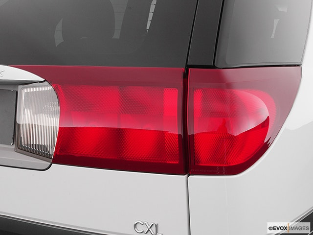 2004 Buick Rendezvous Passenger Side Taillight