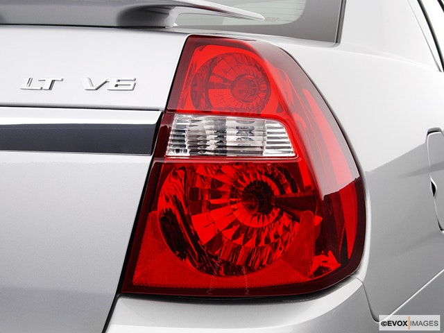 2004 Chevrolet Malibu Passenger Side Taillight