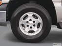 2004 Chevrolet Tahoe Front Drivers side wheel at profile