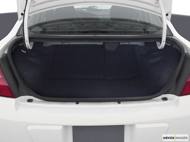 2004 Dodge Neon Trunk open