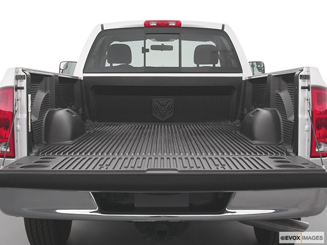 2004 Dodge Ram Pickup 2500 Trunk open