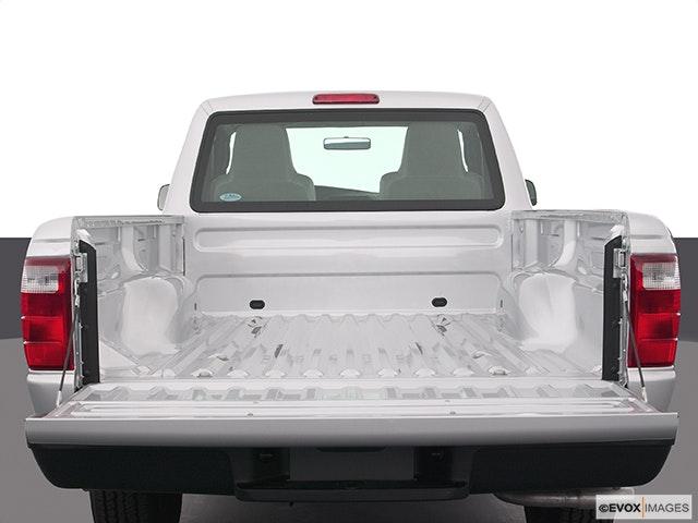 2004 Ford Ranger Trunk open