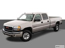 2004 GMC Sierra 3500 Front angle view