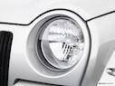 2004 Jeep Liberty Drivers Side Headlight