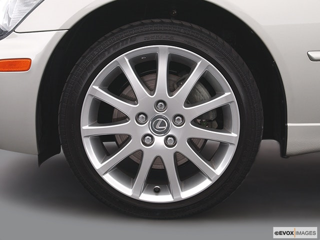 2004 Lexus IS 300 Front Drivers side wheel at profile