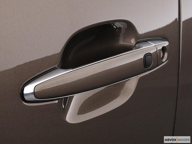 2004 Lexus LS 430 Drivers Side Door handle