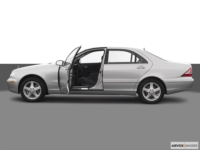 2004 Mercedes-Benz S-Class Driver's side profile with drivers side door open