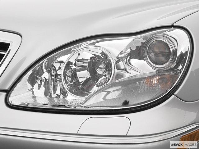 2004 Mercedes-Benz S-Class Drivers Side Headlight