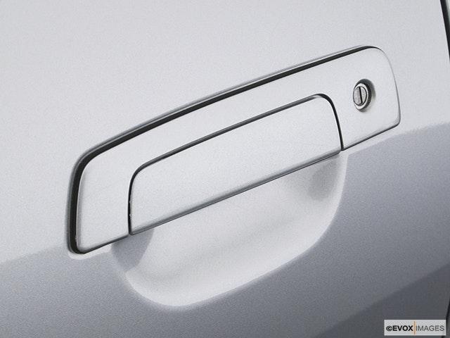 2004 Mitsubishi Eclipse Drivers Side Door handle