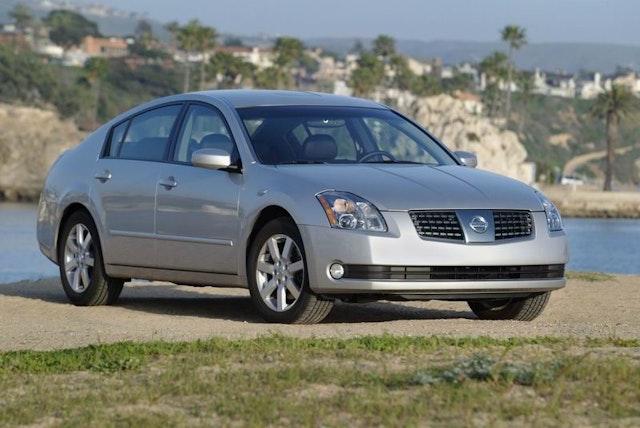 2004 Nissan Maxima Exterior