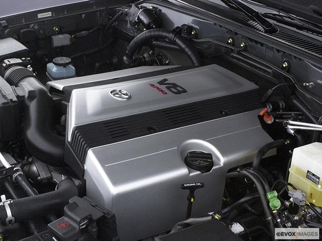 2004 Toyota Land Cruiser Engine