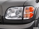 2004 Toyota Tundra Drivers Side Headlight