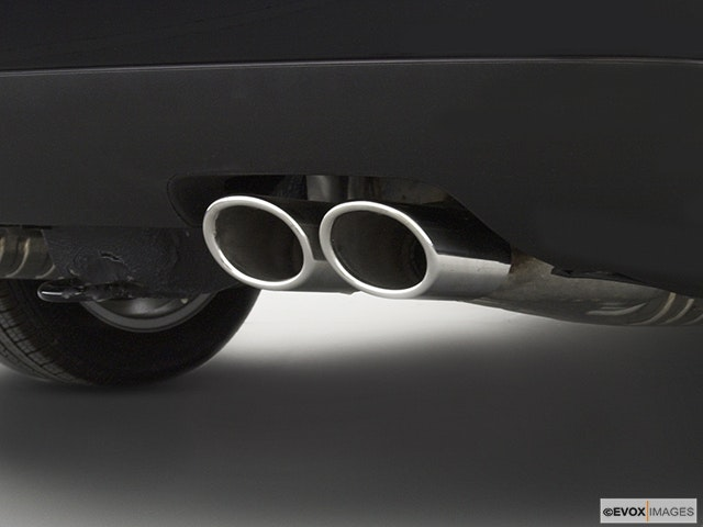 2004 Volkswagen Passat Chrome tip exhaust pipe
