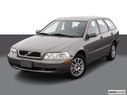 2004 Volvo V40 Front angle view