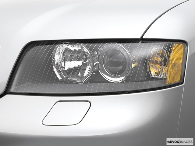 2005 Audi S4 Drivers Side Headlight