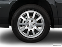 2005 Buick Rendezvous Front Drivers side wheel at profile