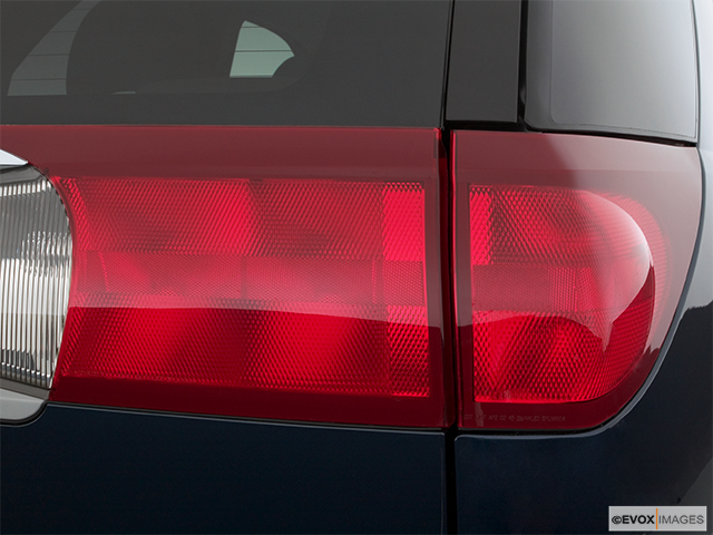 2005 Buick Rendezvous Passenger Side Taillight