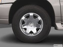 2005 Cadillac Escalade EXT Front Drivers side wheel at profile